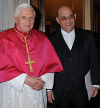 Pope Benedict XVI poses for pictures with the new Israeli ambassador to the Vatican, Mordechay Lewy, at the Vatican May 12. (CNS/Catholic Press Photo/L\'Osservatore Romano)