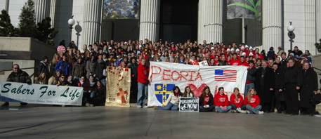 The Peoria diocesan contingent poses for a photo prior to the March for Life. (Catholic Post/Tom Dermody)