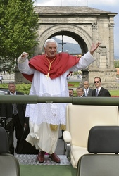 POPE/VACATION