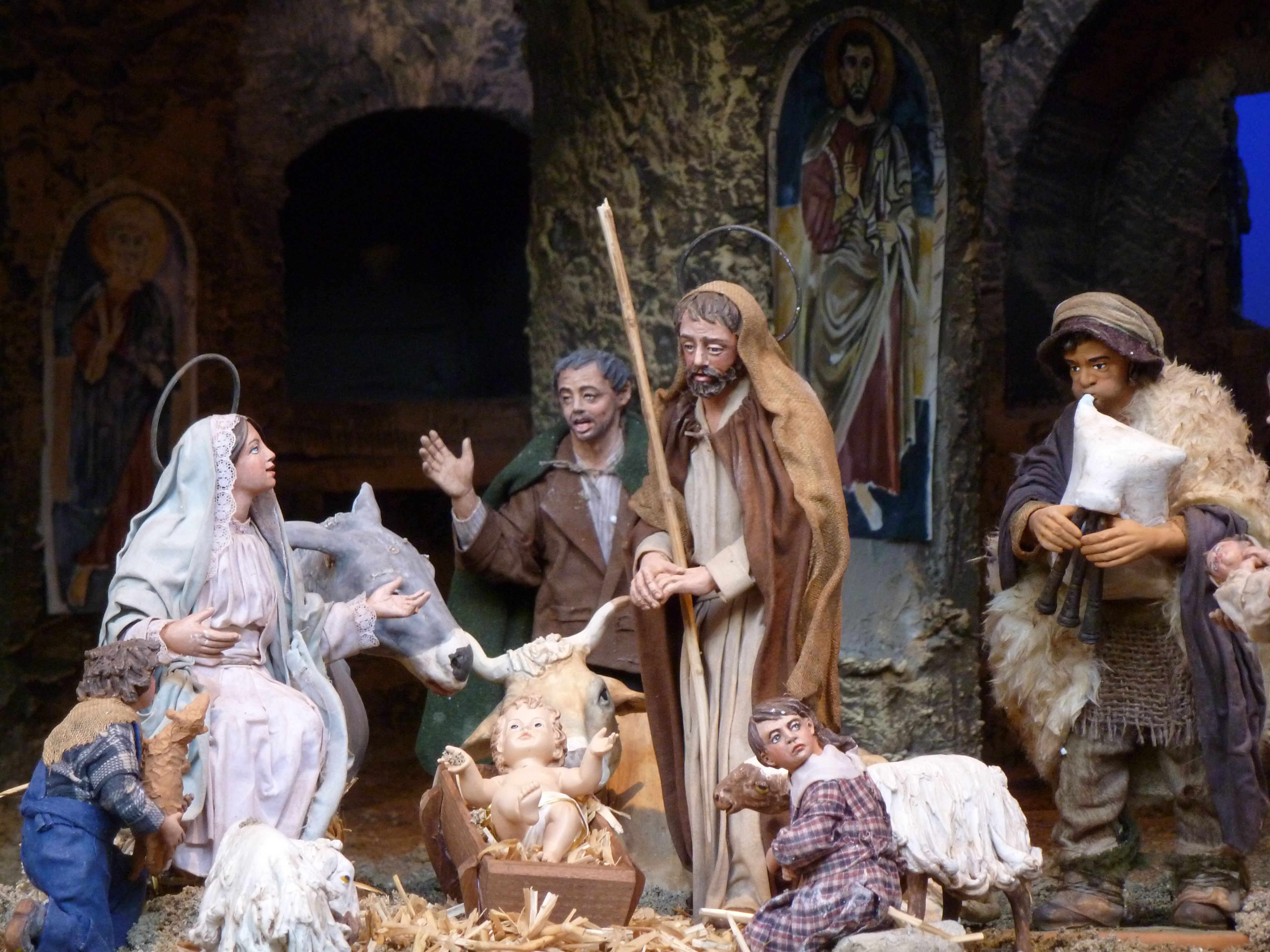 come see the nativity scene in st peter�s square cns blog