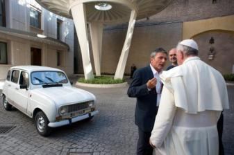 pope and car