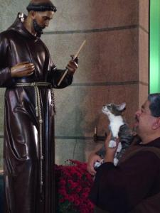 Francisco visits the statue of St. Francis of Assisi with Capuchin Father Moises Villalta. (Photo courtesy Capuchin Friars)