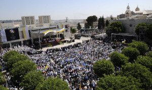 Pilgrims filled Manger Square for Mass celebrated by Pope Benedict XVI in Bethlehem, West Bank, May 13, 2009. (CNS/Debbie Hill)
