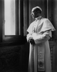 Pope Pius XII at the window.  (CNS file photo)