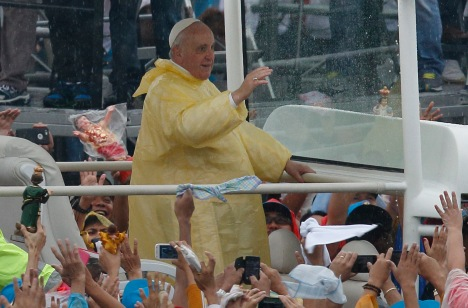 Pope Francis celebrates Mass in Rizal Park in Manila, Philippines, Jan. 18. (CNS photo/Paul Haring)