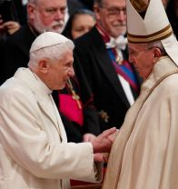 Retired Pope Benedict XVI and Pope Francis