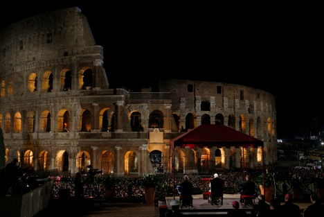 POPE GOOD FRIDAY COLOSSEUM