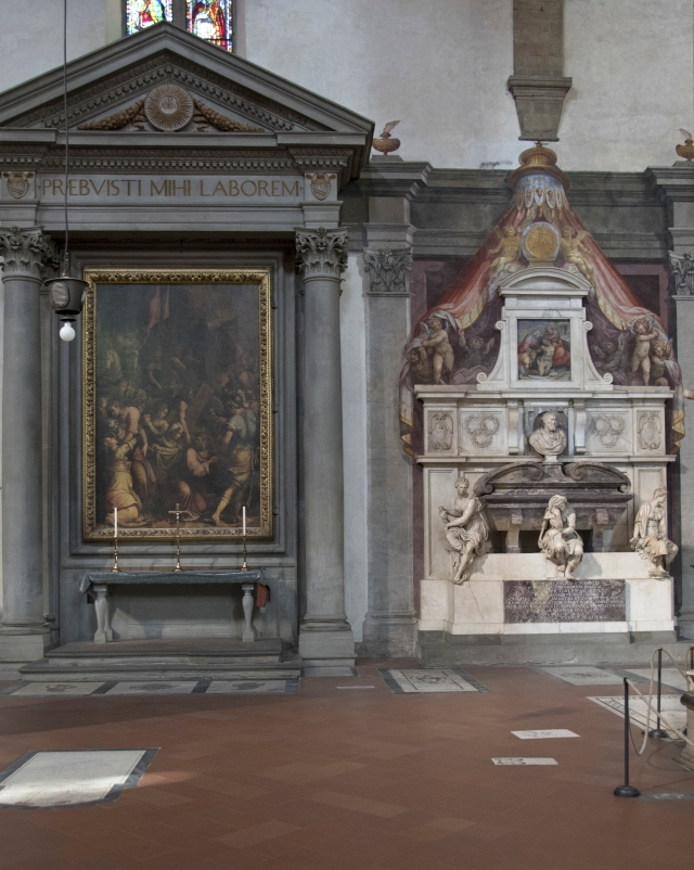 Tomb and altar together
